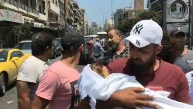 صورة طفل جديد يموت على باب مستشفى طرابلس الحكومي
