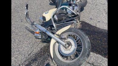 صورة سقوط قتيل بحادث دراجة نارية على طريق راس الجبل بعاليه