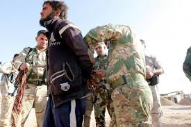 """صورة إعتقال أحد قياديي """"داعش"""" في محافظة الموصل"""