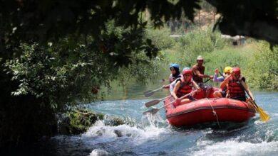 صورة رياضة الرافتنغ….مقصد زائري نهر العاصي