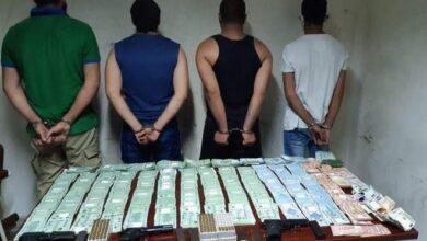 صورة في جبيل.. أفراد عصابة سرقوا من خزنة داخل منزل حوالى 400 مليون ليرة و40 ألف دولار