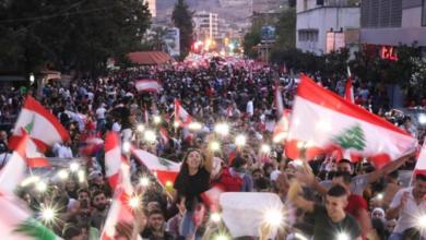 """صورة اجتماعات بين مجموعات """"الحراك"""".. واستعدادات لتحرّكات في ١٧ تشرين"""