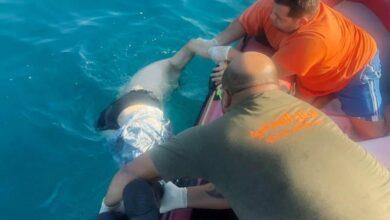 صورة إنتشال جثة سوري مقابل شاطىء البوار