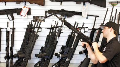 صورة لماذا يتهافت الأميركيون على تخزين السلاح؟
