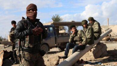 """صورة مسؤولان عسكريان إسرائيليان التقيا """"متمردين"""" سوريين"""