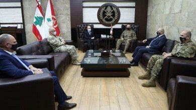 صورة قائد الجيش بحث مع سفير النمسا علاقات التعاون بين جيشي البلدين