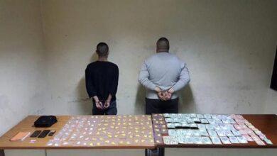 صورة توقيف مروجَي مخدرات ينشطان في محلة مزرعة يشوع