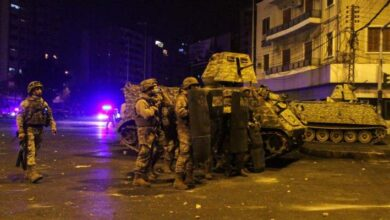 صورة الجيش أحال 10 موقوفين على النيابة العامة العسكرية لقيامهم بأعمال شغب في طرابلس
