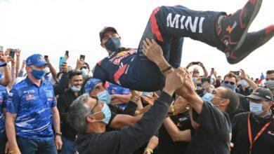 صورة الفرنسي بيترهانسل يرفع لقب دكار 2021
