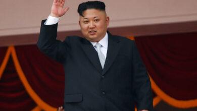 صورة كيم: كوريا الشماليّة تخطّط للتزوّد بغوّاصة نوويّة