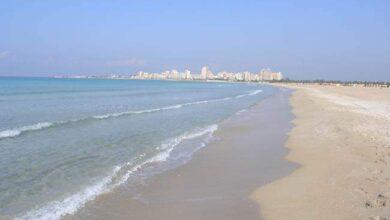 صورة البحر غير ملوث بإستثناء شاطئ محمية صور