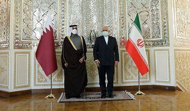 صورة وزير الخارجية القطري من طهران: مستعدون للعب دور رئيسي لحلّ المشاكل الإقليمية