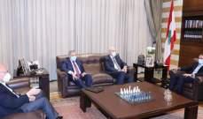صورة لقاء بين السنيورة وميقاتي والحريري وسلام في بيت الوسط وعرض للمستجدات