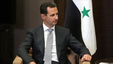 صورة الأسد يصدر مرسوماً بصرف منحة للعاملين المدنيين والعسكريين