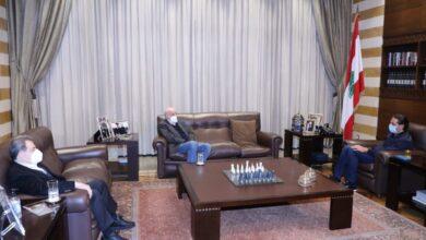 """صورة عن خلفيات الهجوم على """"تسوية"""" جنبلاط وحقيقة العلاقة مع الحريري"""