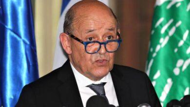 صورة لودريان:السياسيون اللبنانيون لا يساعدون بلداً يواجه مخاطر