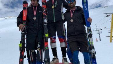 صورة عرنوق وعويس فازا في المرحلة الاولى من بطولة التزلج بالأرز
