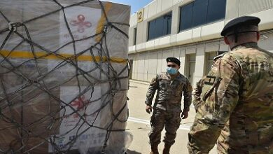 صورة كمية من لقاح سينوفارم هبة من الصين إلى لبنان