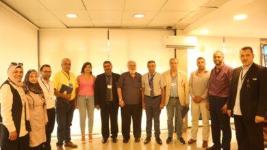 صورة السفير سبيتي كرّم عدد من الشخصيات ومنحها شهادات حقوق الإنسان والسلام