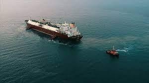 صورة ناقلة الوقود الإيرانية الثالثة للبنان وصلت إلى بانياس في سوريا