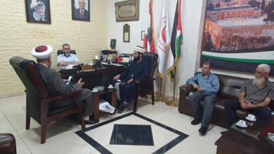 """صورة وفد """"المشاريع"""" يزور مستشفى الهمشري وقيادات فلسطينية"""