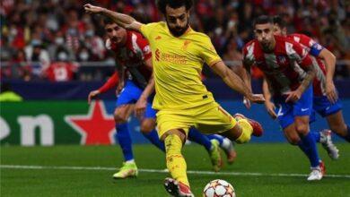 """صورة صلاح حدد """"شرط"""" تجديد عقده مع ليفربول"""
